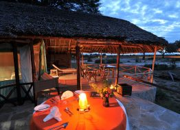 suite-satao-luxury-camp-tsavo-east-zpskenyasafaris.com