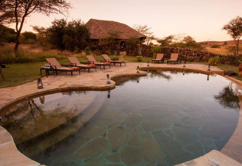tortilis-luxury-camp-amboseli-zpskenyasafaris.com-pool-view