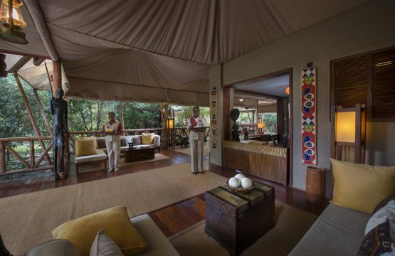 zpskenyasafaris.com-Neptune-Mara-Rianta-Luxury-Camp-masai-mara-receiption